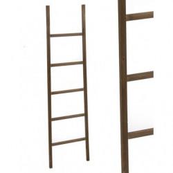 Escalera madera decorativa